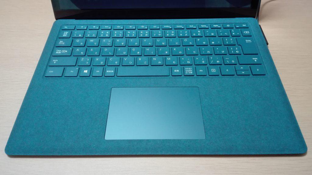 Surface Laptop コバルトブルーのキーボード