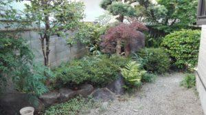 撤去前のお庭