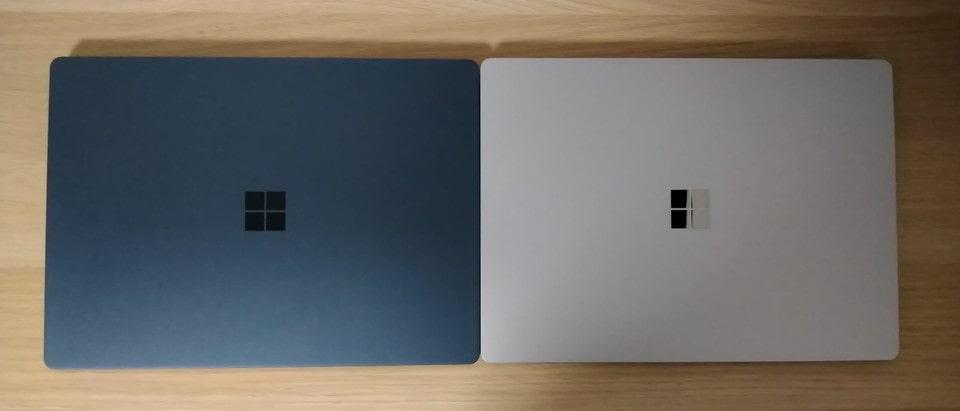 初代Surface LaptopとSurface Laptop 4を閉じて並べてみました。